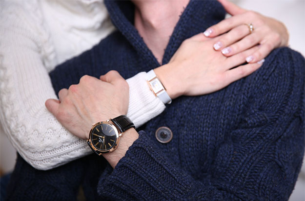 what-hand-to-wear-watch-on