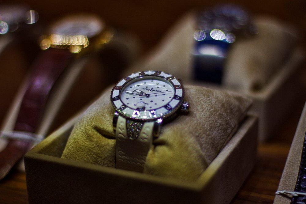 Часов киеве ломбард в сломанные часы продать наручные